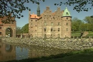Int #105-Denmark-moated wide