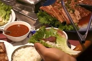 Int #127-Korea-food lettuce