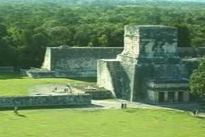 Int #139-Mexico-Chichen Itza2