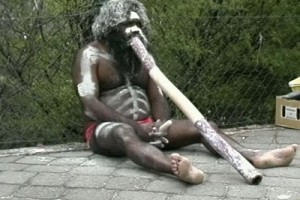 Int #147-Australia-Didgeridoo 2