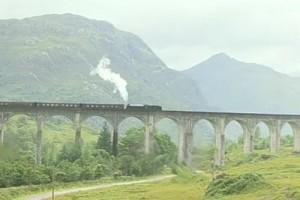 Journeys 23 - Highlands train